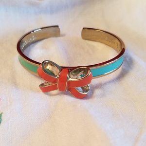 Vera Bradley cute bow bracelet